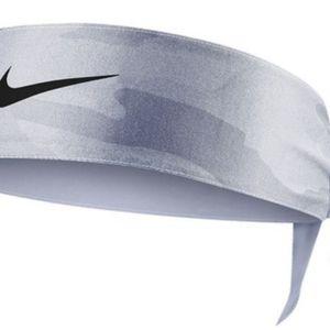 Nike Headtie